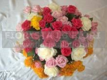 BOUQUET DI ROSE A GAMGO MEDIO